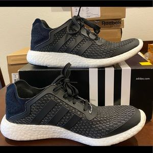 Men's Adidas Pureboost Reveal / Size: 9